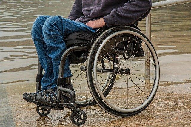 individual using a manual wheelchair